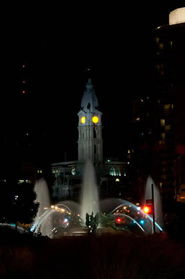 Philadelphia City Hall And Swann Fountain At Night Poster