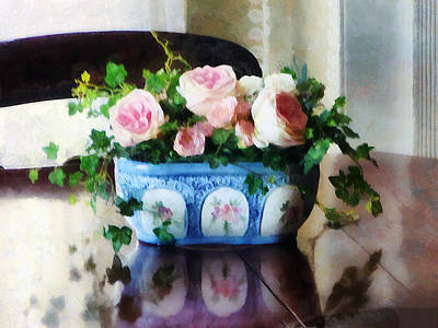 Pink Roses And Ivy Poster by Susan Savad