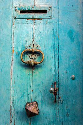 Porte Blue Poster