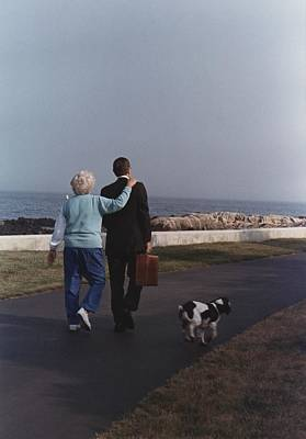 President George And Barbara Bush Walk Poster by Everett