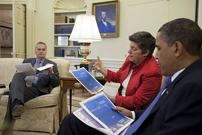 President Obama Meets With Homeland Poster