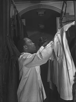 Pullman Porter Making Up An Upper Berth Poster by Everett