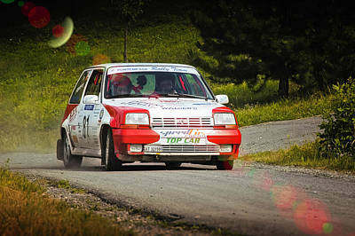 Red And White Renault 5 Poster by Alain De Maximy