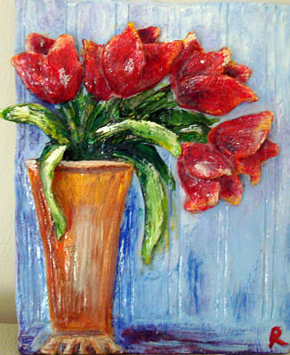 Red Tulips In Vase Mini Sculpture Poster