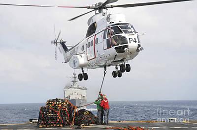 Sailors Hook Up A Pole Pendant Poster