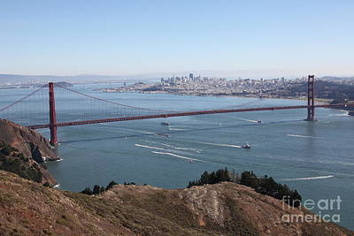 San Francisco Golden Gate Bridge And Skyline Viewed From Hawk Hill In Marin - 5d19606 Poster