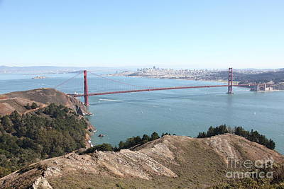 San Francisco Golden Gate Bridge And Skyline Viewed From Hawk Hill In Marin - 5d19637 Poster