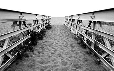 Sandy Bridge - Black And White Poster