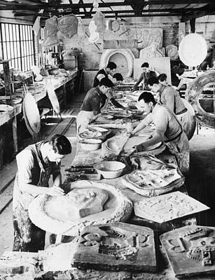 Sculptors Making Images Of King George Poster by Everett