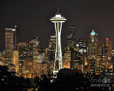 Poster featuring the photograph Seattle At Night by Jack Moskovita