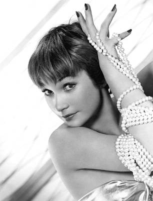 Shirley Maclaine, 1959 Poster by Everett