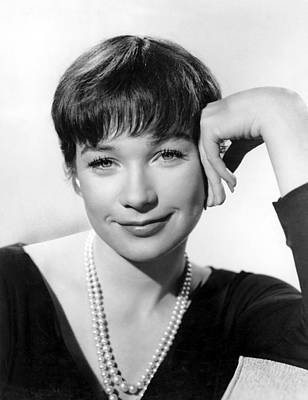 Shirley Maclaine, 1960 Poster by Everett