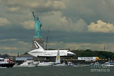 Shuttle Enterprise 3 Poster by Tom Callan