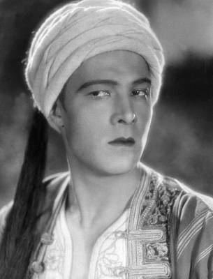 Son Of The Shiek, Rudolph Valentino Poster by Everett