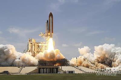 Space Shuttle Atlantis Lifting Poster