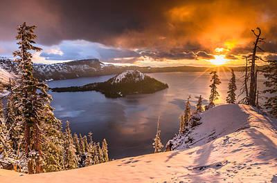 Starburst Sunrise At Crater Lake Poster