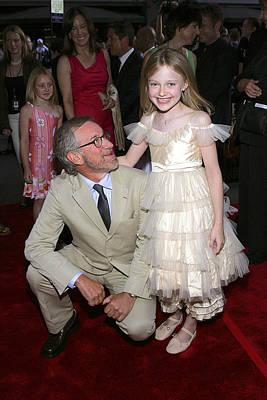 Steven Spielberg, Dakota Fanning Poster
