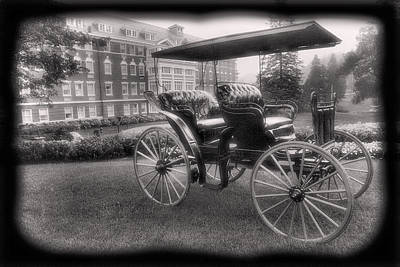 The Homestead Carriage I Poster