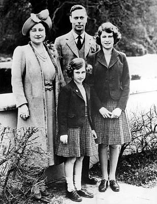 The Royal Family, Queen Elizabeth Later Poster