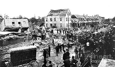 Tornado Damage, 1890 Poster by Science Source