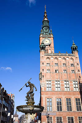 Town Hall And Neptune Fountain In Gdansk Poster by Artur Bogacki
