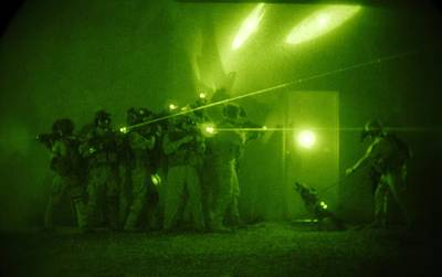 Us Forces Demonstrate Entry Tactics Poster