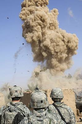 Us Soldiers Destroy An Insurgent Poster