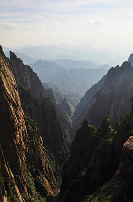 Valley In Huangshan Poster