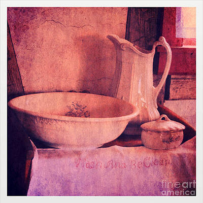 Vintage Pitcher And Wash Basin Poster by Jill Battaglia