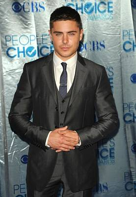 Zac Efron At Arrivals For Peoples Poster by Everett