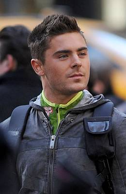 Zac Efron On Location For New Years Eve Poster by Everett