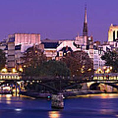 Ile De La Cite And Pont Des Arts / Paris Poster by Barry O Carroll