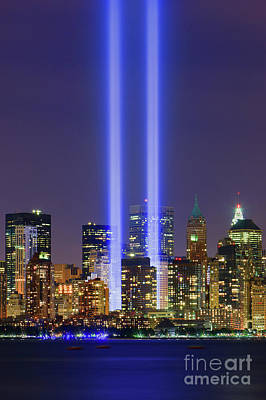 09/11 - Tribute In Light Poster by Henk Meijer Photography