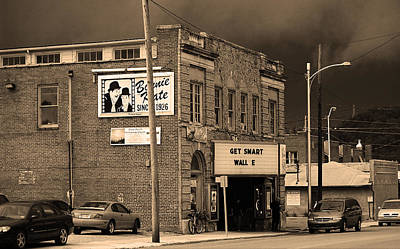 Elizabethton Tennessee - Bonnie Kate Theater 2008 Poster by Frank Romeo