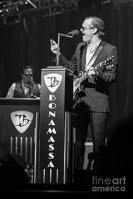Joe Bonamassa - Guitar Solo In Minneapolis 4 Poster