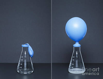 Lithium Carbonate, Citric Acid, Reaction Poster by GIPhotoStock