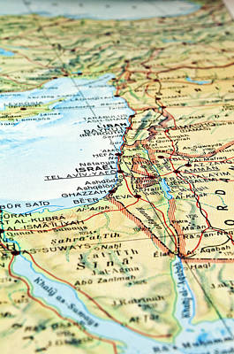 Middle East Map. Poster by Fernando Barozza
