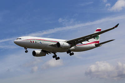 Middle Eastern Airlines Airbus A330 Poster by David Pyatt