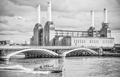 Pink Floyd's Pig At Battersea Poster by Dawn OConnor