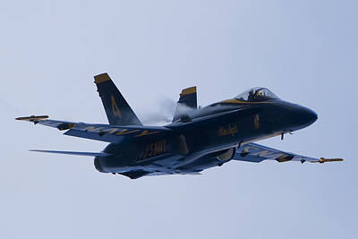 Us Navy Blue Angels High Speed Turn Poster