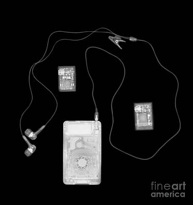 X-ray Of A Portable Audio Player Poster by PhotoStock-Israel