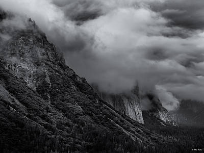 Yosemite Valley Panorama In Black And White Poster