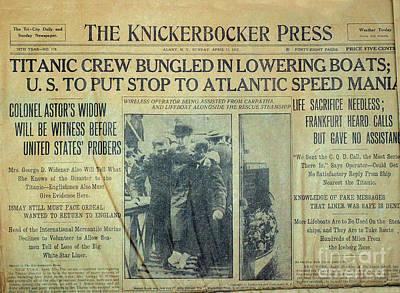 1912 Titanic Newspaper Poster