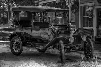 1916 Ford - Model T Poster by Liane Wright