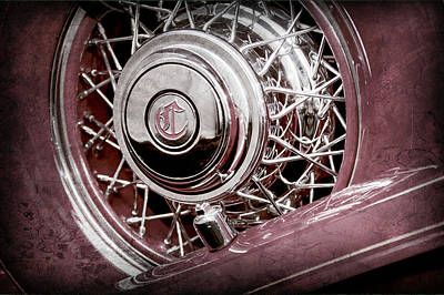 1931 Chrysler Cg Imperial Dual Cowl Phaeton Spare Tire Emblem -0699ac Poster by Jill Reger