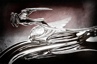 1931 Chrysler Cg Imperial Roadster Hood Ornament -0561ac Poster