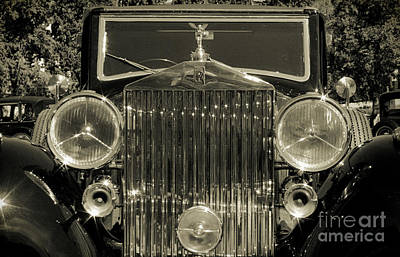 1939 Rolls-royce Wraith Poster by Raquel Daniell