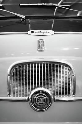 1956 Fiat 600 Multipla Grille Emblem -0133bw Poster