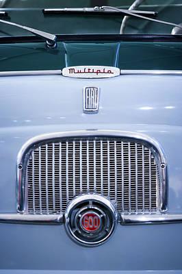 1956 Fiat 600 Multipla Grille Emblem -0133c Poster
