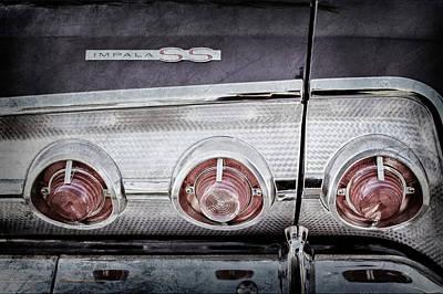 1962 Chevrolet Impala Ss Taillight Emblem -078ac Poster by Jill Reger